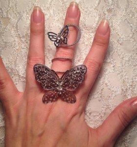 Оригинальное кольцо с бабочками
