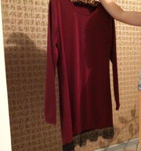 Новое платье с кружевом S