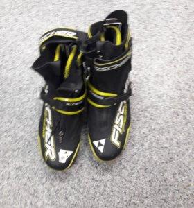 Ботинки для лыж Fisher