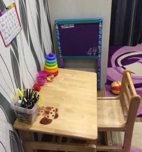 Детская парта и доска для рисование