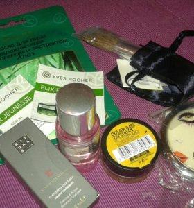 Пакет пробников и подарков из магазинов косметики