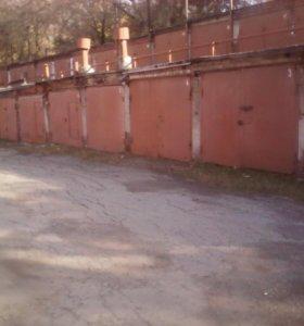 Продам капитальный гараж, ценр города.