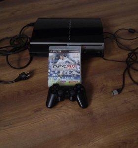 Playstation 3 в хорошеем состоянии плюс одна игра