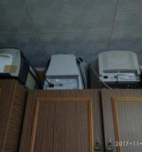 Мониторы компьютерные в ассортименте
