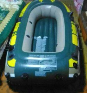 Лодка новая насос ! Нет весил