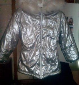 Куртка зимняя на девочку. Теплая.