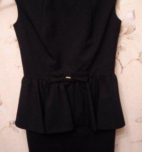 Новое красивое платье 44-46