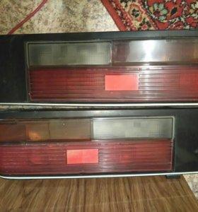 Задние фонари Nissan