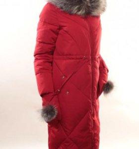 Пальто зимнее с варежками 44/52р-ры. Новое.