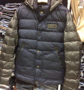 Куртка зимняя ЕA7 новая.