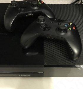 Продам Xbox One Новая, без коробки.