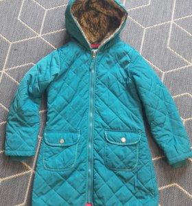 Куртка на девочку. 7-9лет .