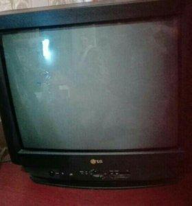 """Продам ТВ 21"""""""