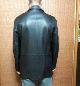 Кожаная куртка (весна-осень)