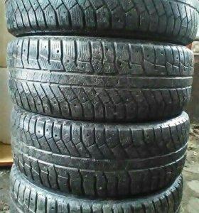 Зимние шины, 2шт