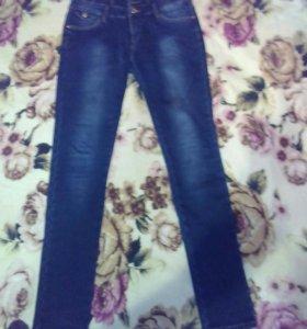 Продам Новые утепленые джинсы