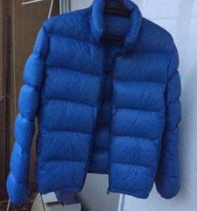 Зимняя спортивная легкая куртка