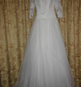 Свадебное платье ( новое )