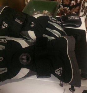 Перчатки для сноуборда размер 6