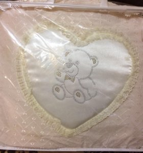 Набор в детскую кроватку ( бортики, балдахин )