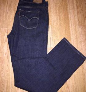 Продам новые джинсы Левис