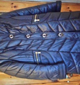 Пальто зимнее женское.