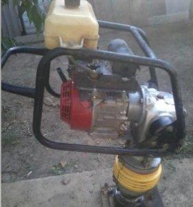 Вибротрамбовка бензиновая тсс вт-80Х