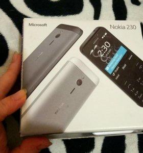 Мобильный телефон Nokia 230 Dual SIM (белый