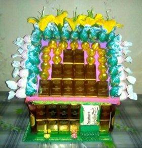 Сувениры. Дом из конфет