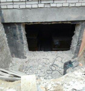 Демонтаж и монтаж,стен и полов.