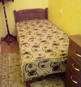 кровать деревянная с ортопедическим матрасом