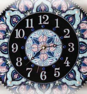 Часы на виниле,авторская работа