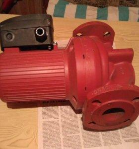 Новый Циркуляционный насос Grundfos UPS 50-180 F