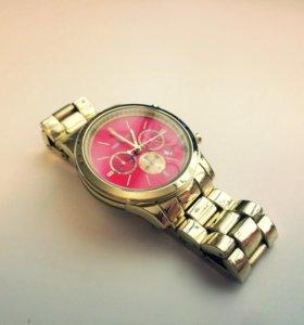 Часы женские⌚️