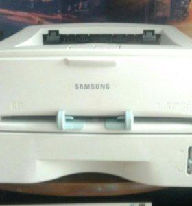 Лазерный принтер Samsung ml-1520p