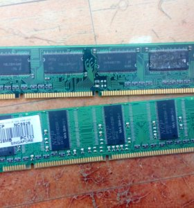 DDR2 128 мб + ещё одна в подарок
