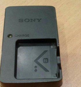 Зарядное устройство Sony bc-csnb