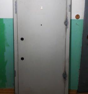 Дверь металлическая 2010×925мм