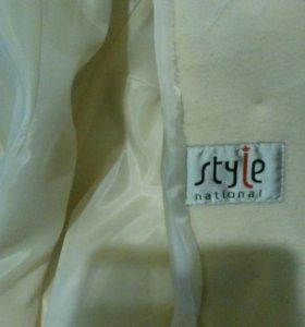 Стильное пальто из кашемира 44-46р.