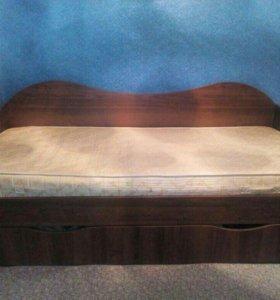 Кровать и софа