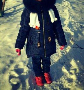 Зимний пуховик на девочку.