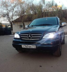 Mercedes-Benz ML 320 2000 г.