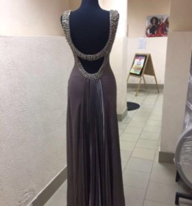 Праздничное платье.Вечерние платье