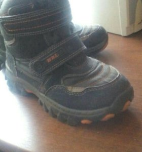 Ботинки детские зима 33 р