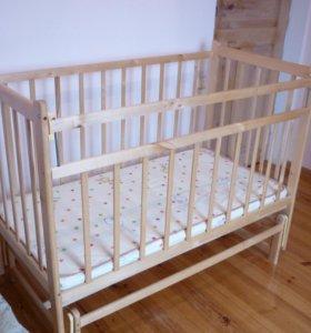 Новая детская кроватка с матрацем