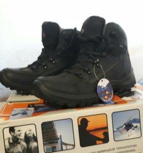 Ботинки зимние Step новые