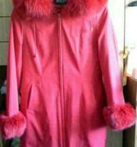 Продам пальто зимне-весенне