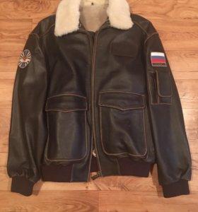 Кожаная куртка( Пилот) новая Дублёнка
