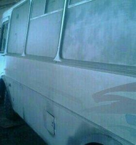 ПАЗ 32051R 2002 г.в.