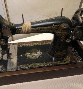 Машинка zinger-полностью рабочая, 60-ов